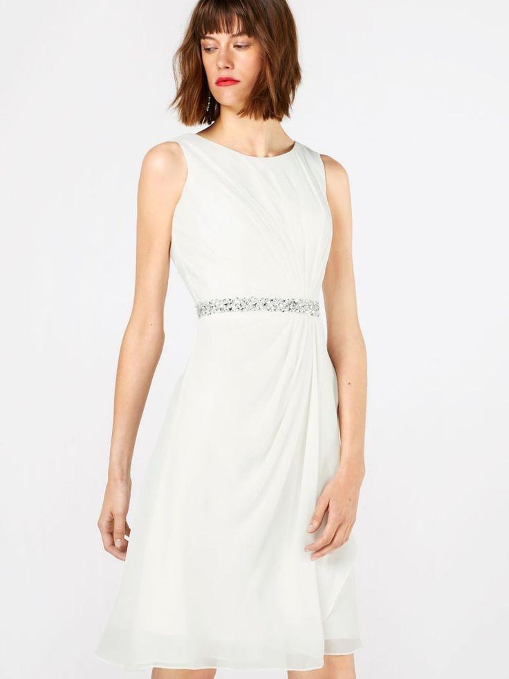Mascara Hochzeitskleid Mit Ziersteinbesatz In Weiß  About