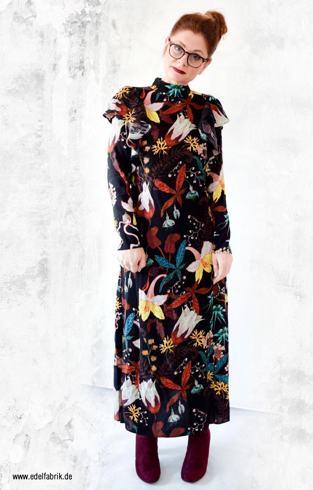 Maxikleid Mit Blumen Und Langen Armen Von Hm  Die