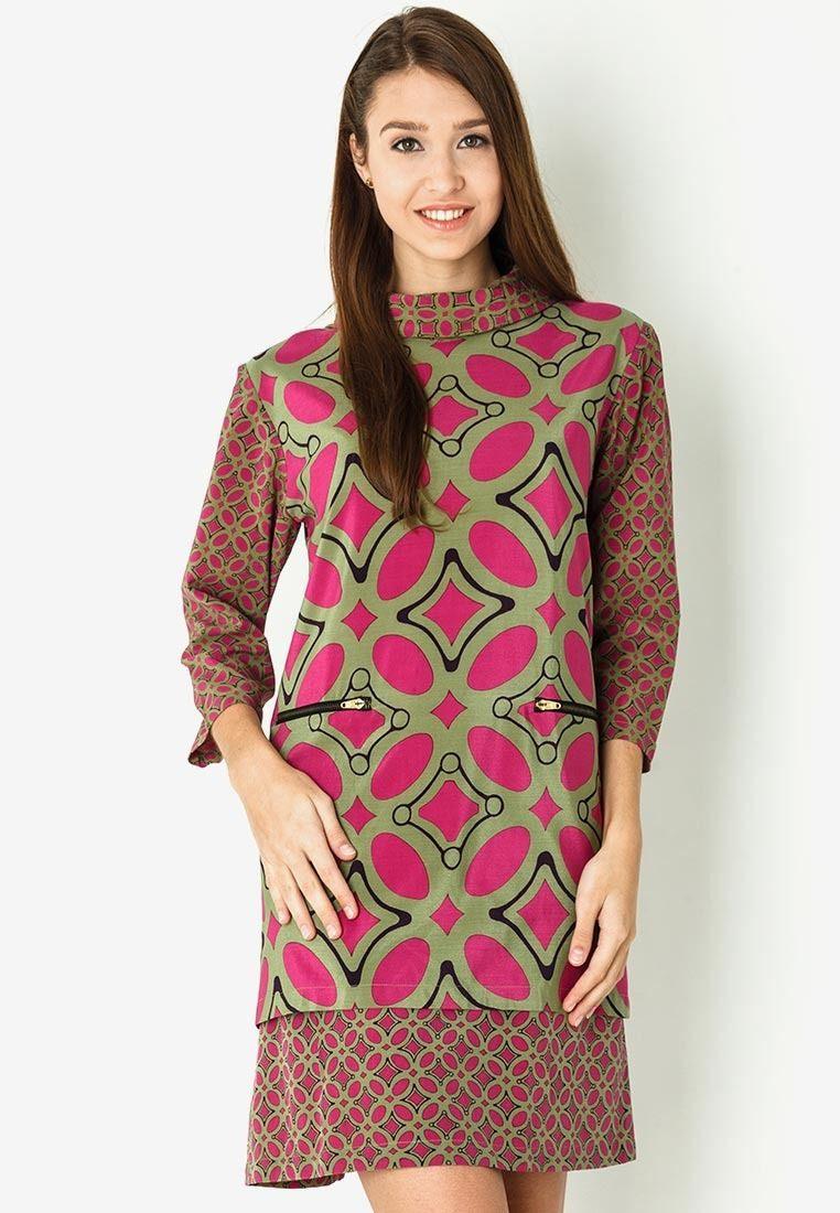 Mini Dress Batik Kawungdanar Hadi Sp1531  Model