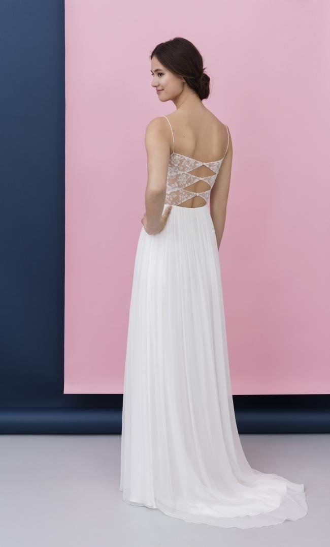 Modern Feminin Elegant Lässig Brautmode Mit Bildern