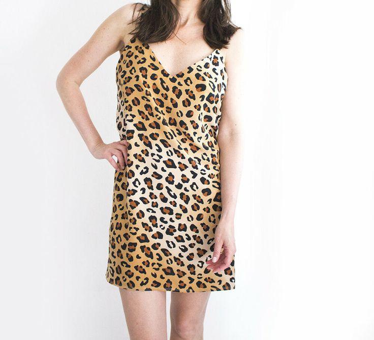 Monki Kleid Leopard Medium Slipdress Minikleid Animalprint