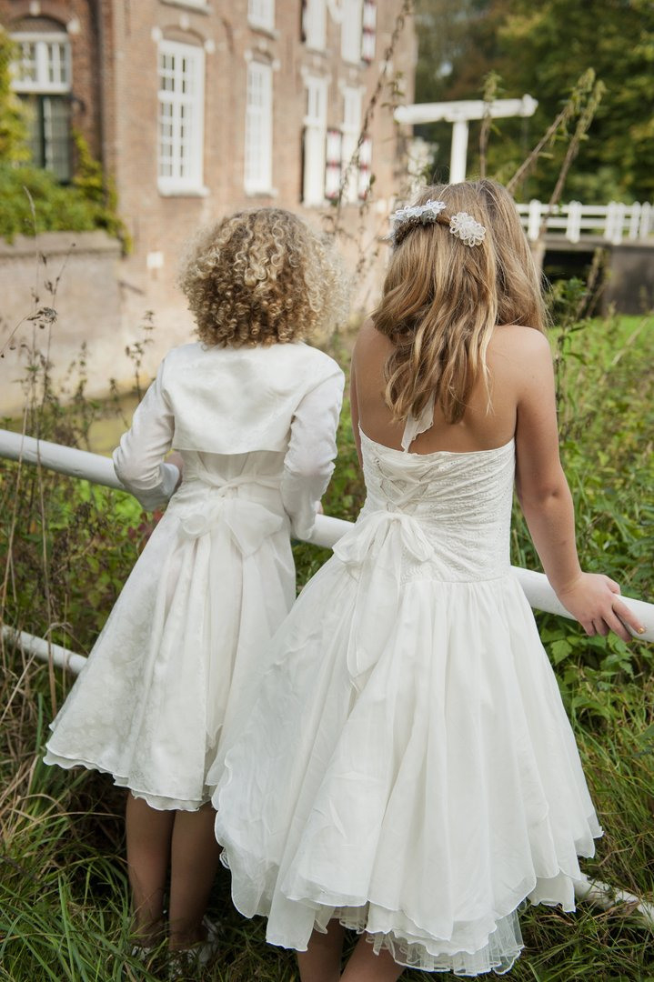 Monny Kommunionkleid Neckholder Zipfel Kleid Z1528 In