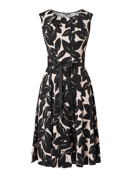 Montego Kleid Mit Blättermuster In Rosé Online Kaufen