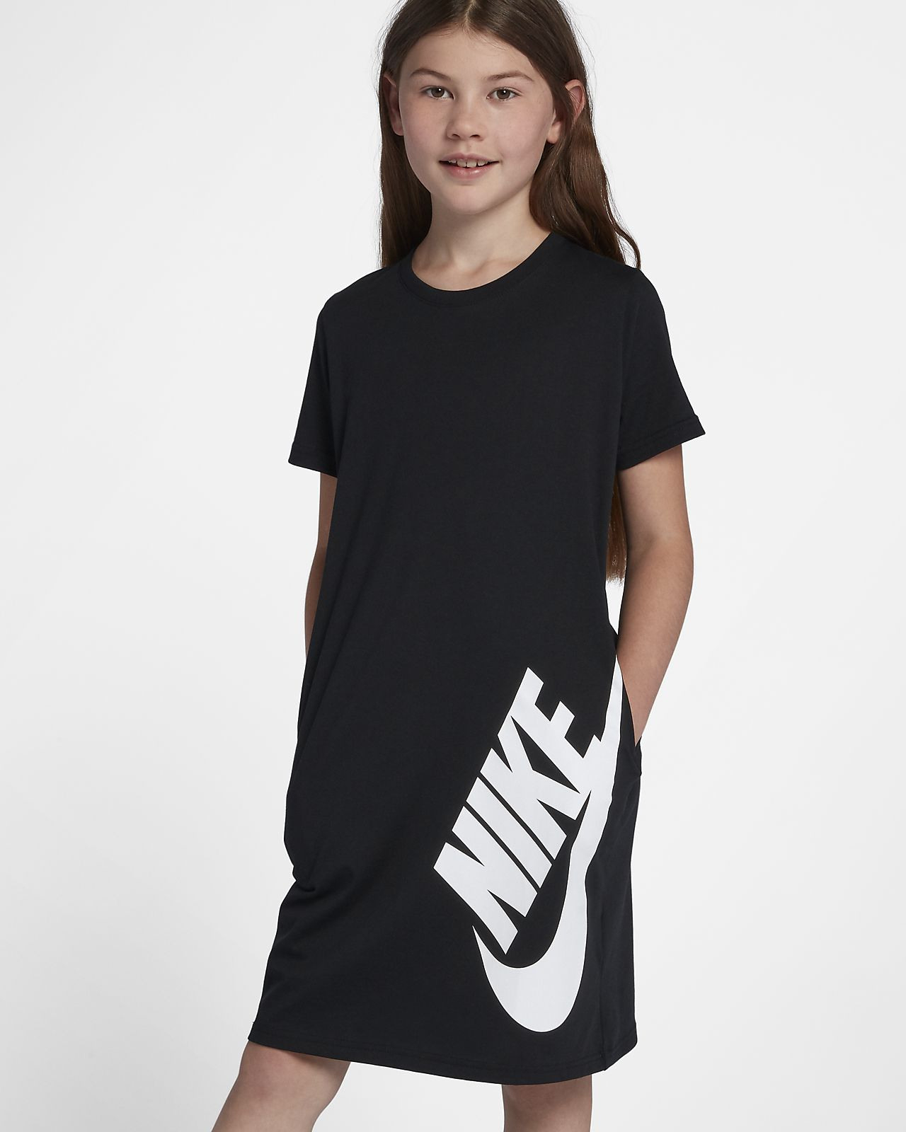 Nike Sportswear 大童 女童 T 恤連身裙。Nike Tw