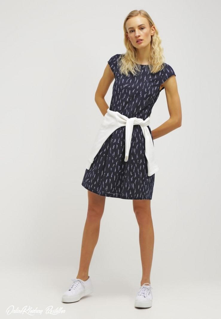 Online Kleidung Bestellen  Abendkleider