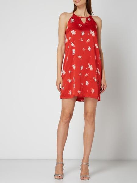 Only Kleid Mit Floralem Muster In Rosé Online Kaufen