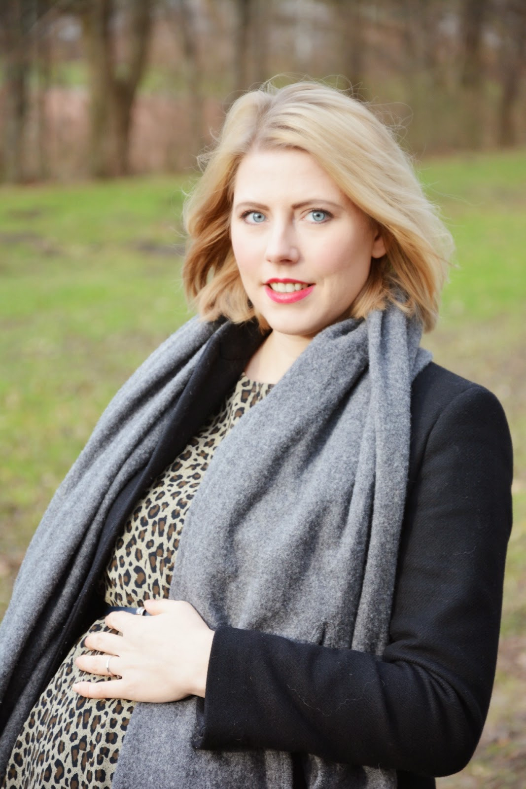 Outfit Chic Mit Bauch  Leo I Maternity Fashion  Oh