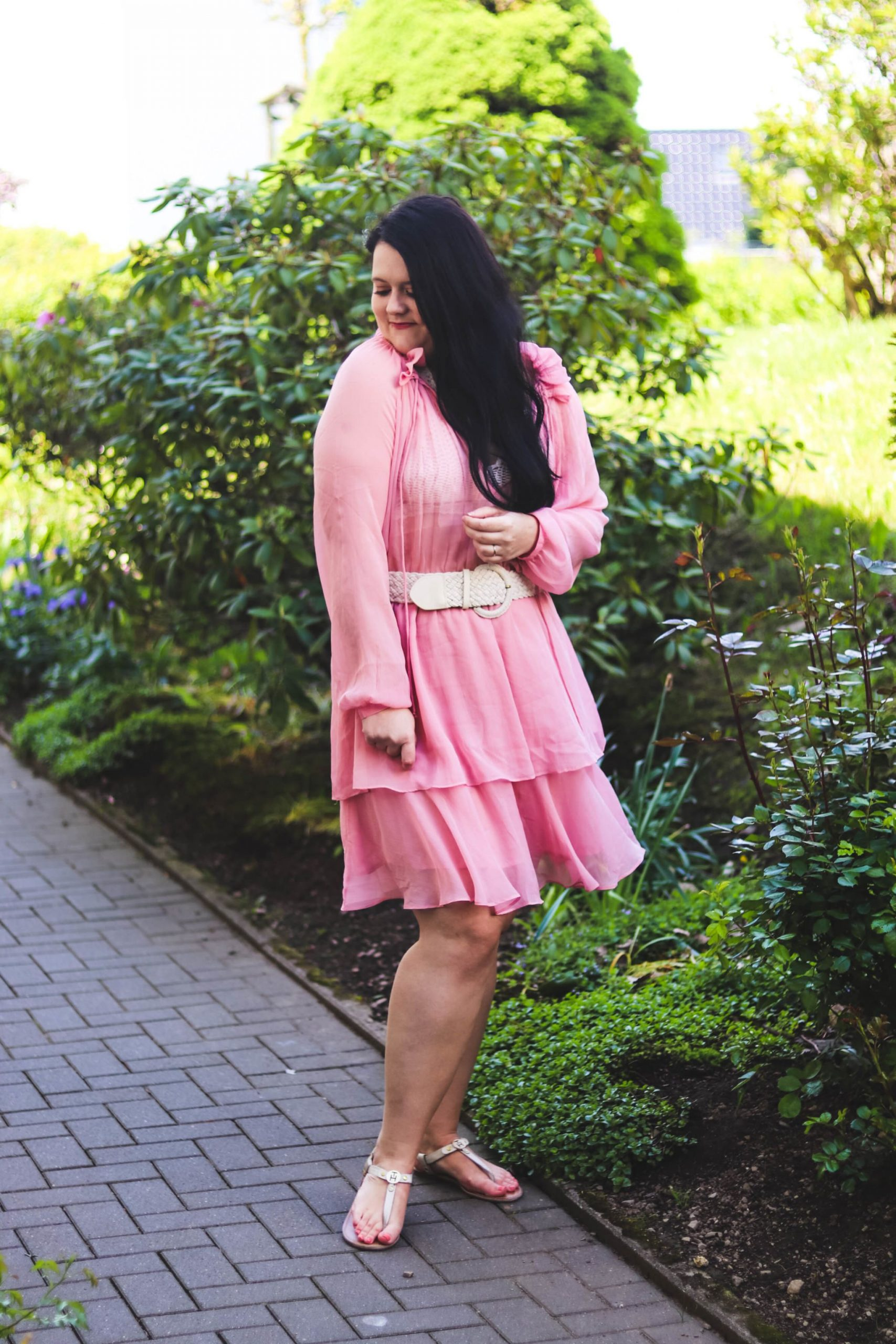 Outfit Pinkes Nakd Kleid » Glitter  Glamour  Outfit