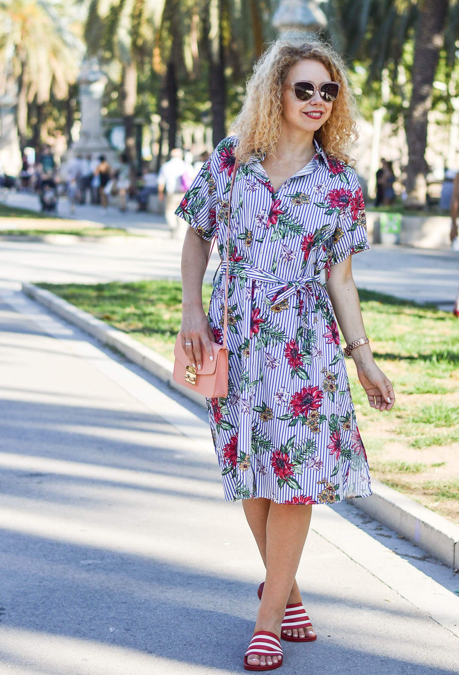 Outfit Zara Blouse Dress With Flowers And Stripes Furla