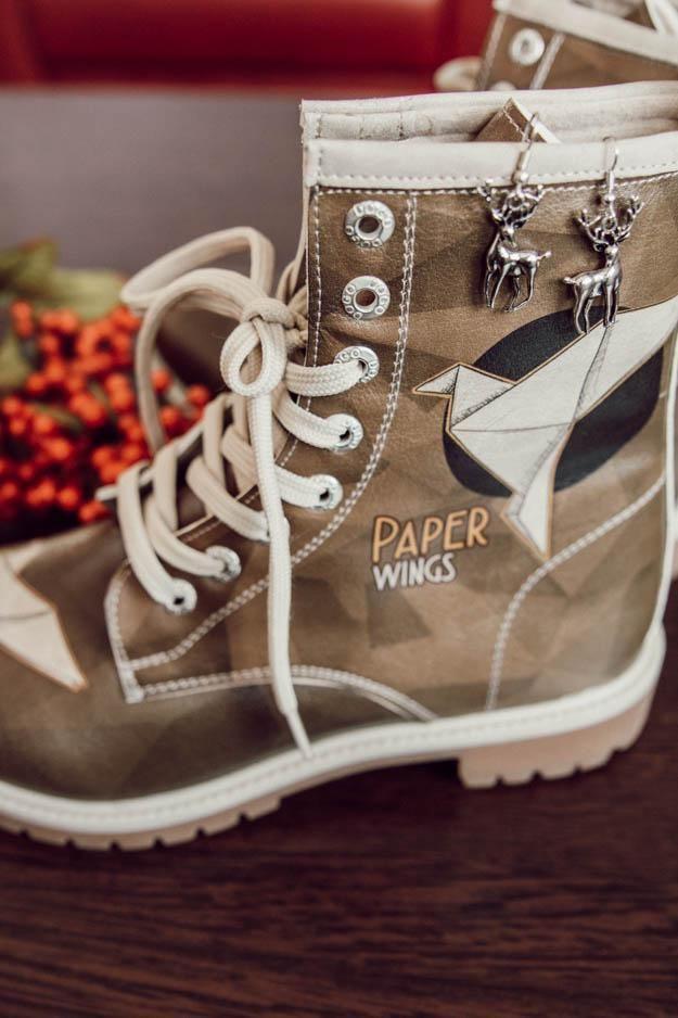Paper Wings In 2020  Ausgefallene Schuhe Bunte Schuhe