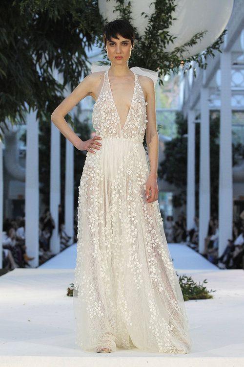 Pin Auf Brautkleider Mit Neckholder