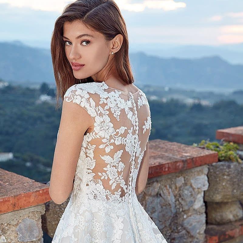 Pin Von Brautmoden Kampa Auf Pinterest Brautmoden  Kleid