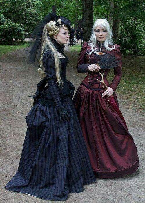 Pin Von Izzy Auf Gothic Wedding  Viktorianische Mode