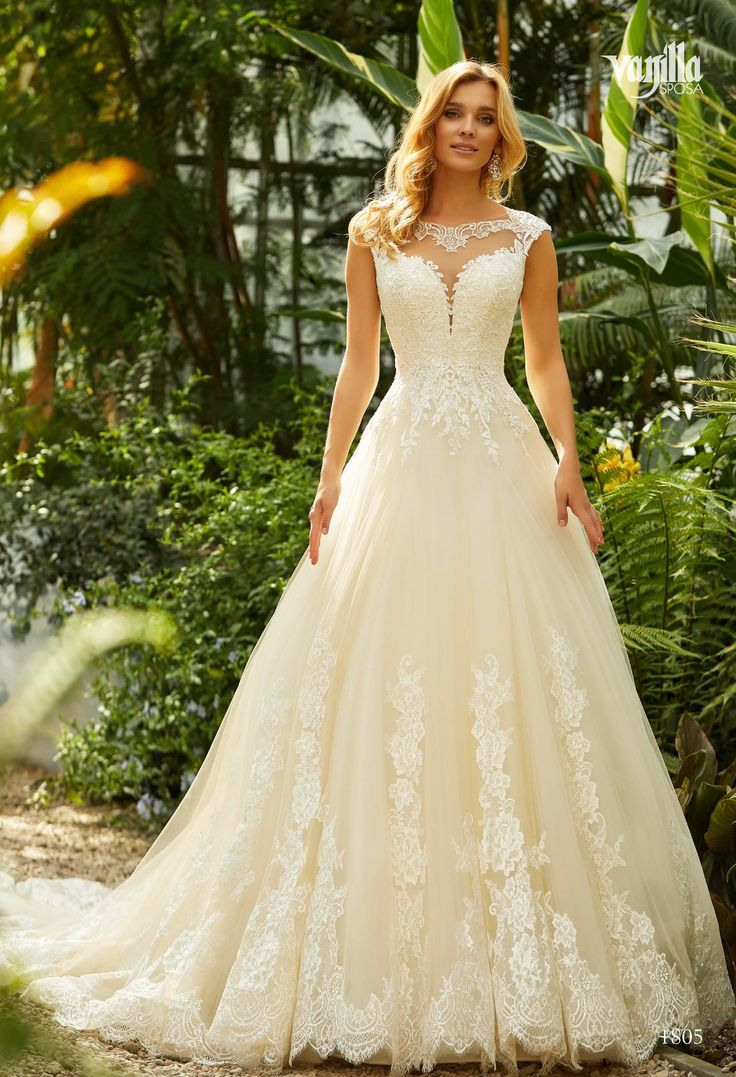 Pin Von Kris De Anda Auf Wedding Dresss In 2020  Kleider