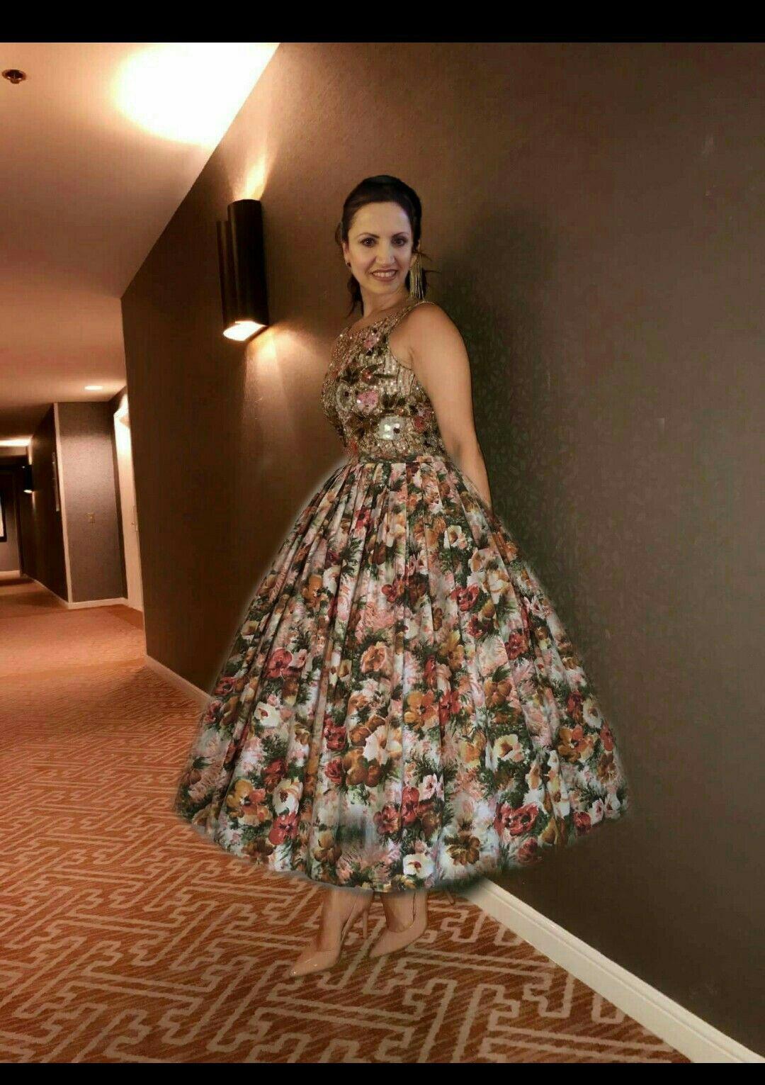 Pin Von Lena Dress Vintage Auf Floral Dress | Schöne