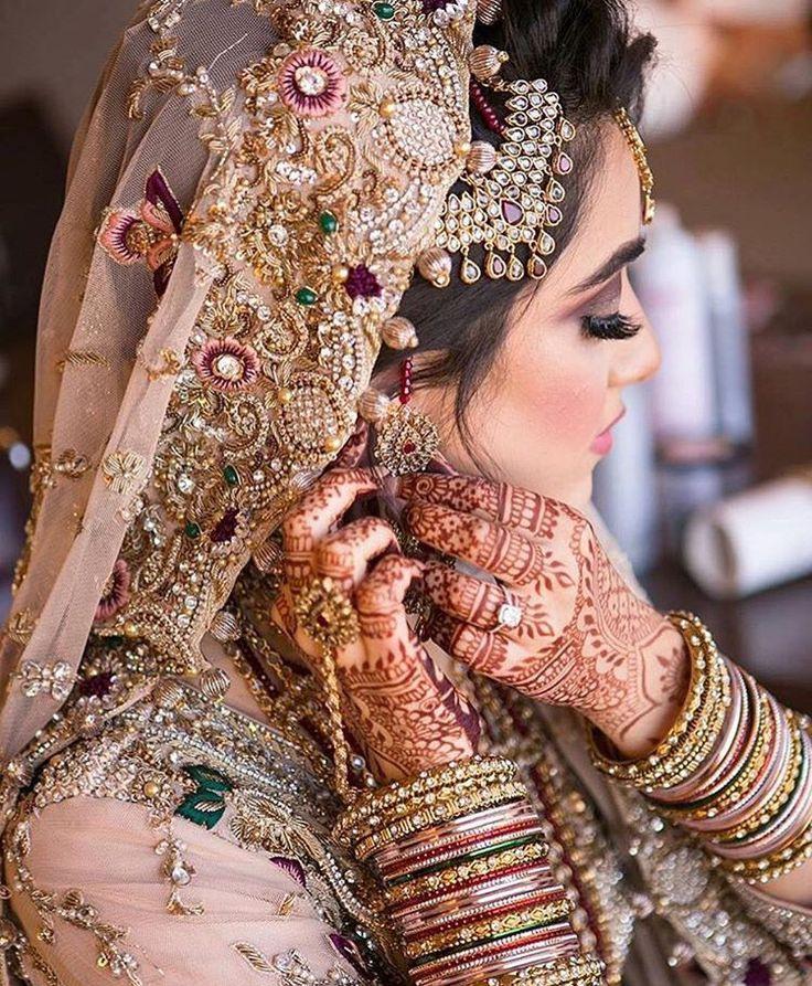 Pin Von Me Auf Bride  Indische Braut Indische Schönheit
