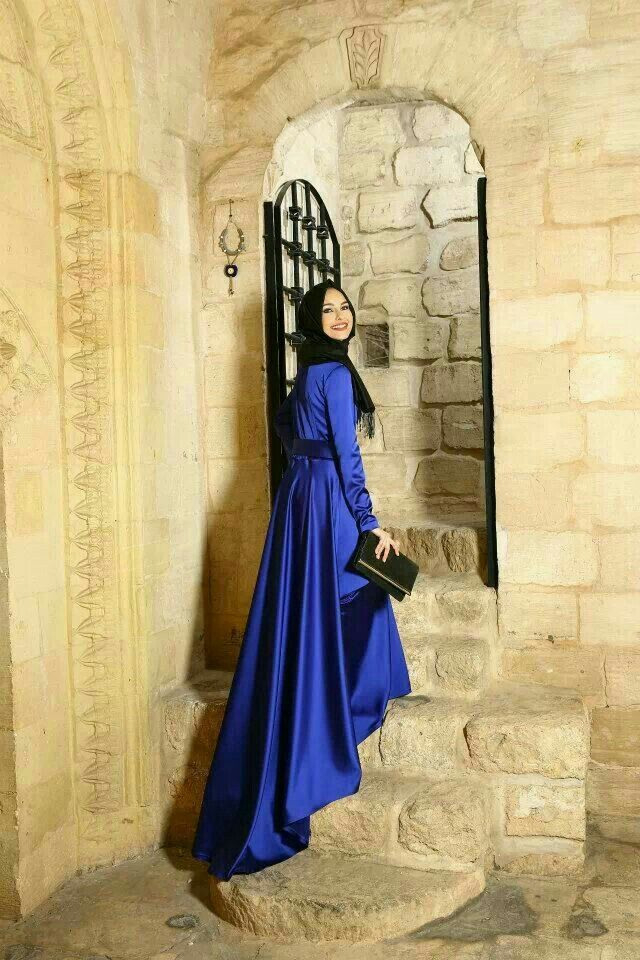 Pin Von Merve Elif Özdogan Auf Hijab Dream  Abendkleid