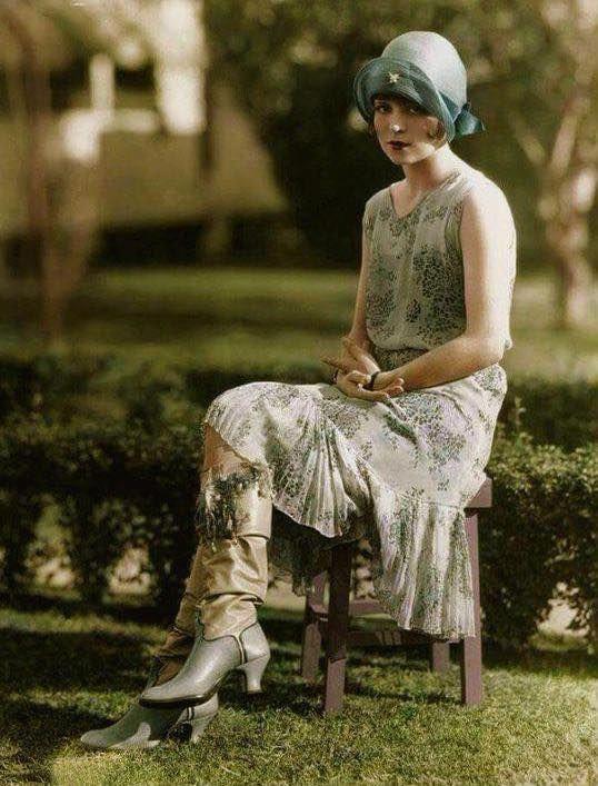 Pin Von Nathan Adams Auf 1920Er Stil In 2020 Mit Bildern