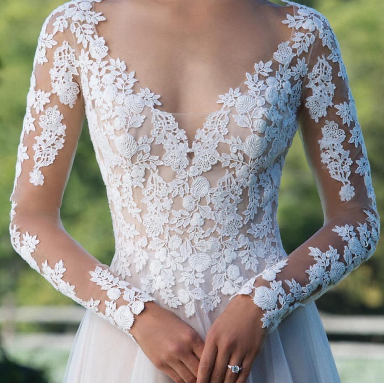 Pinlaurapluemchen On Mädchenträume  Wedding Dresses