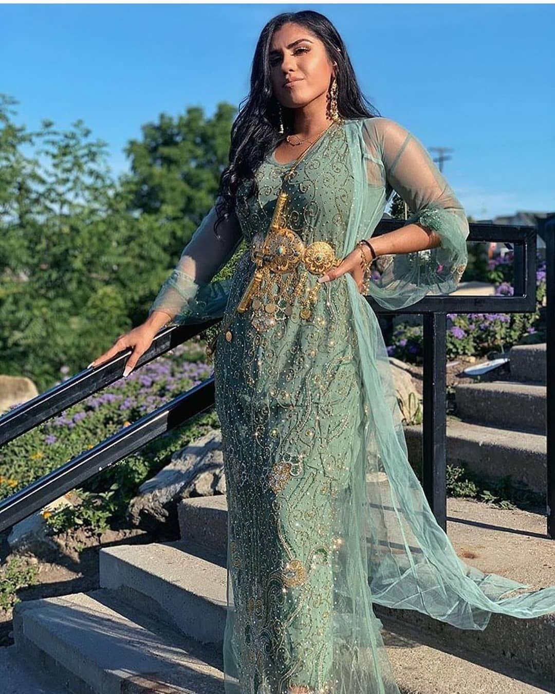 Pinterest Dunya  Traditionelle Kleider Kleider Hochzeit