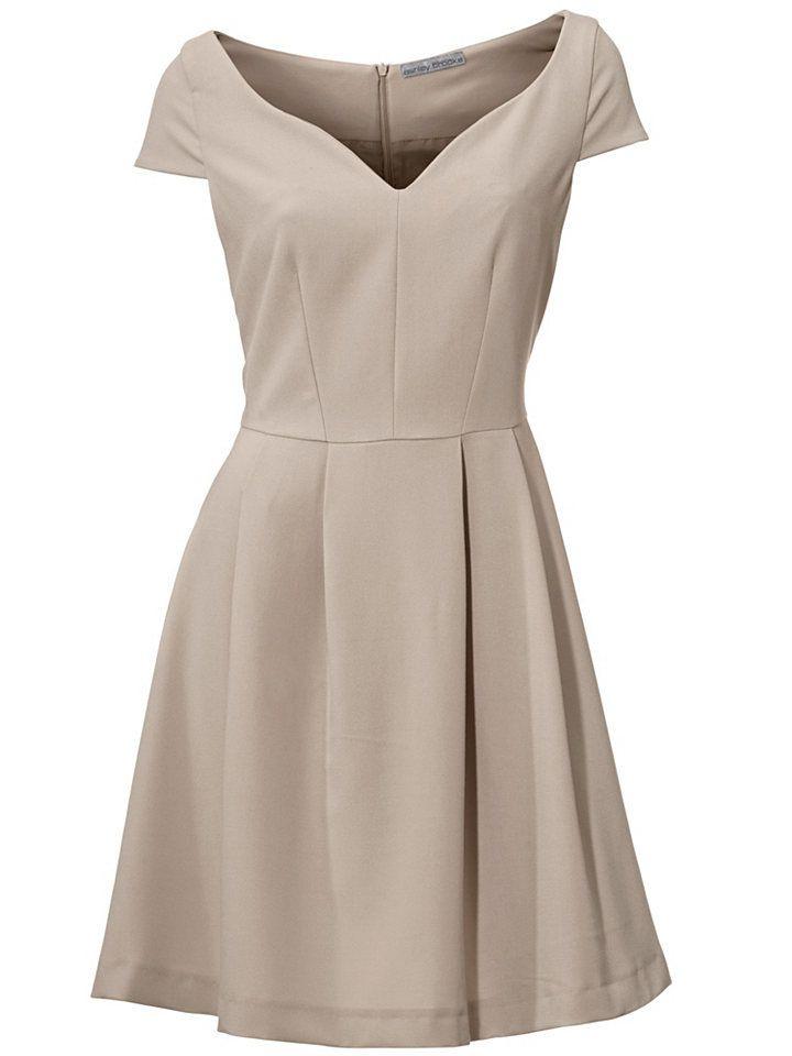 Prinzesskleid Im Universal Online Shop Mit Bildern