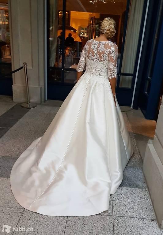 Pronovias Hochzeitskleid In Thurgau Kaufen  Tuttich