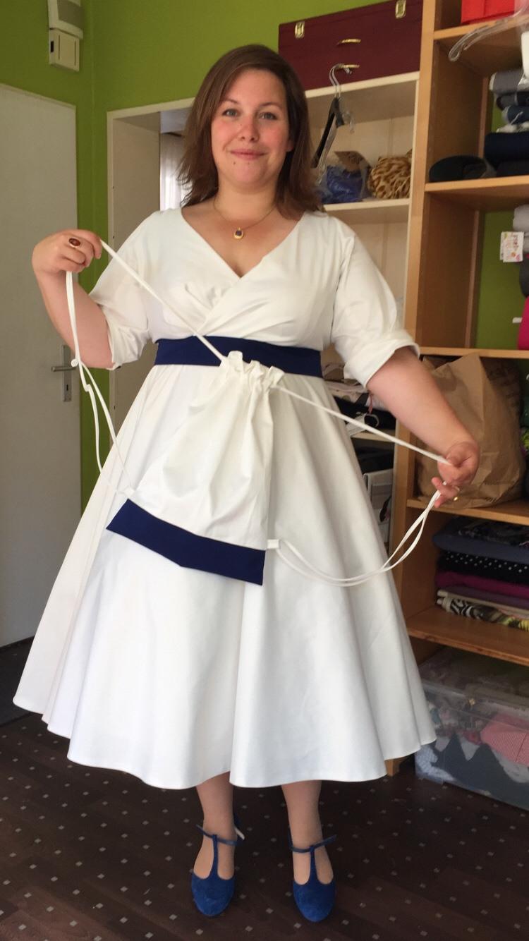 Rockabilly Hochzeitskleid Grosse Groessen  Hochzeit