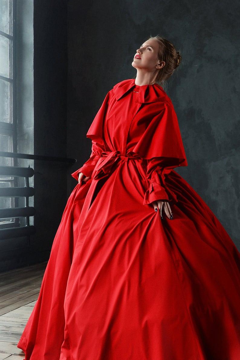 Rote Fantasie Ballkleid Für Maskerade / Outdoor Cape Kleid
