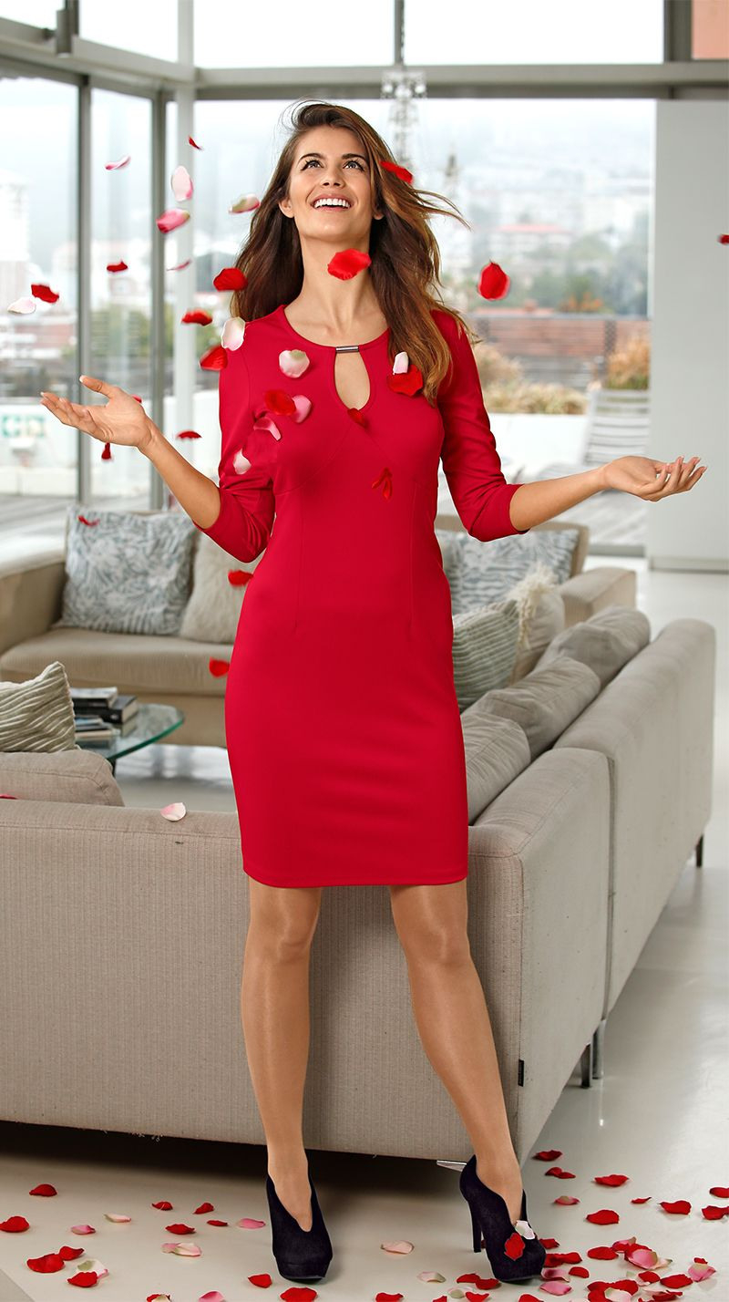 Rote Modewunder  Für Einen Farbenfrohen Rutsch Ins Neue