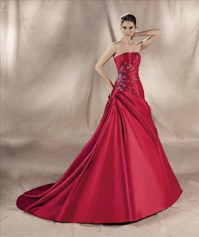 Rotes Brautkleid Aus Satin Toll Gerafft Dezente