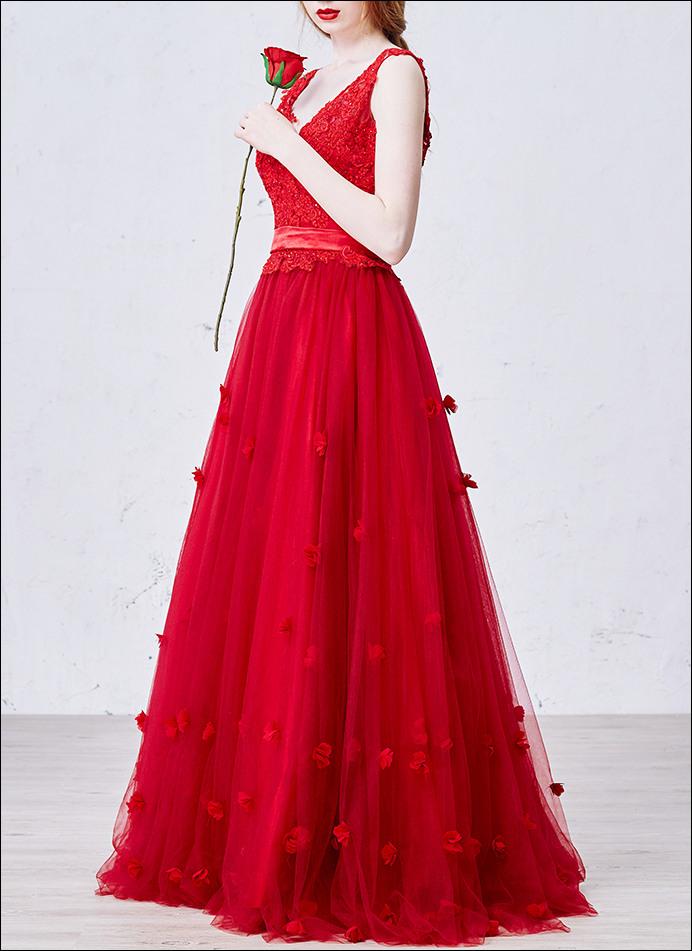 Rotes Brautkleid Ballkleid Mit Spitze Und Vausschnitt