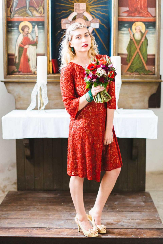 Rotes Kleid Auf Hochzeit  Rotes Kleid Auf Einer Hochzeit