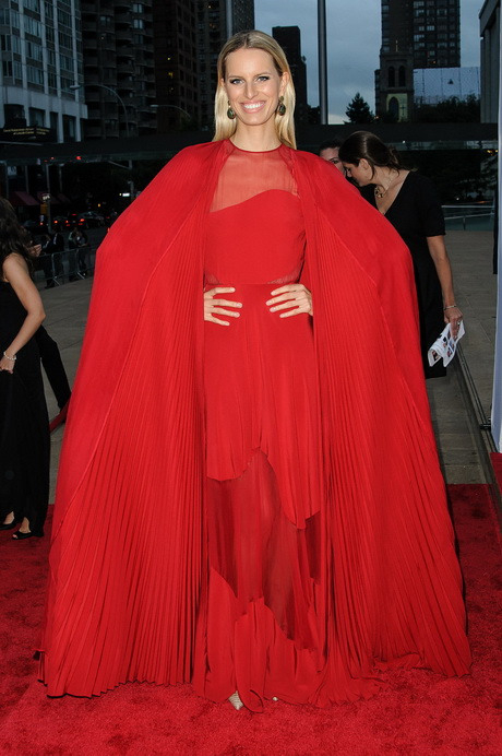 Rotes Kleid Lang