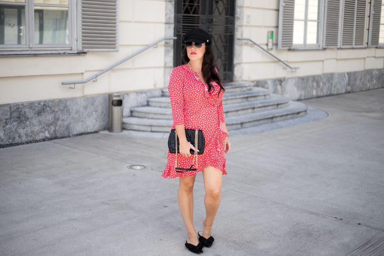 Rotes Wickelkleid Mit Polka Dots  Fashion Outfits