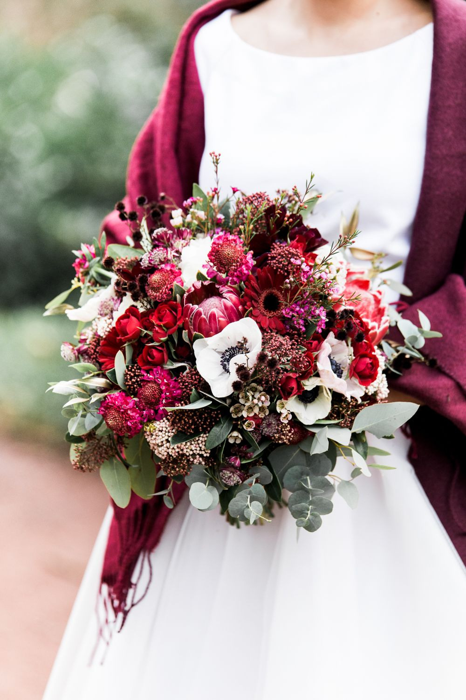 Rustikale Winterhochzeit In Rot  Winterhochzeit Hochzeit