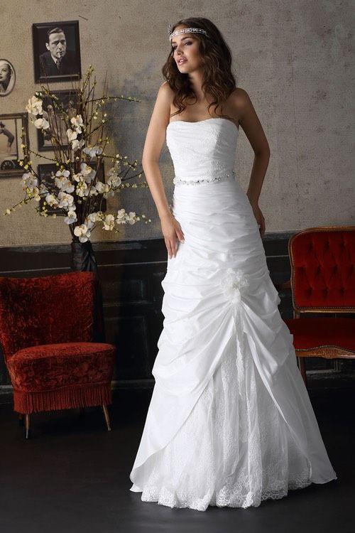 Schlichte Brautkleider  Fachgeschäft Für Brautmoden