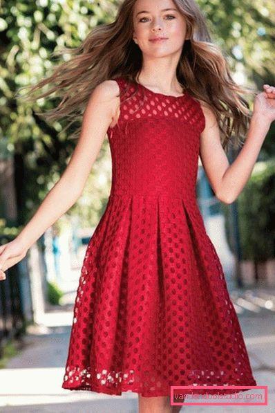 Schöne Kleider Für Mädchen Von 2019 Bis 2020  Frisur Blog