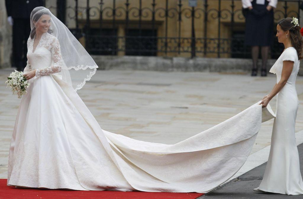 Schöne Schwestern Herzogin Kate Bei Ihrer Hochzeit 2011