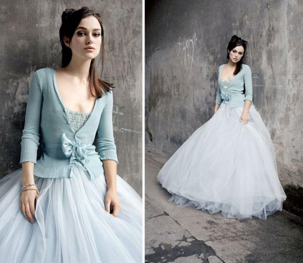 Schöne Winter Thema Hochzeit Frisuren  Blaue Brautkleider