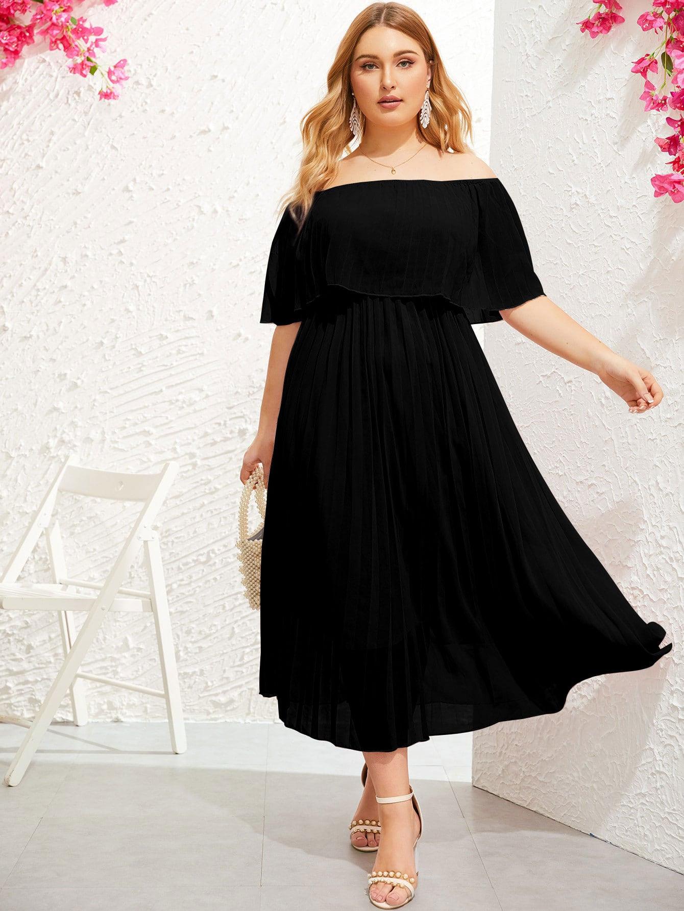 Schulterfreies Kleid In Übergröße Mit Raffungsaum Und