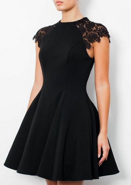 Schwarzes Kleid Party