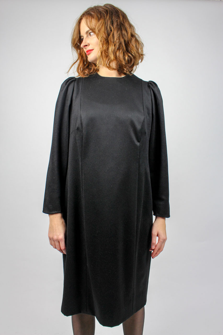 "Schwarzes Kleid Puffärmel ""Amelie""  Oma Klara"
