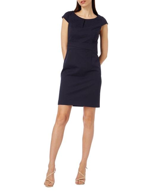 Schwarzes Kleid Zur Beerdigung Online Kaufen Pc Online Shop