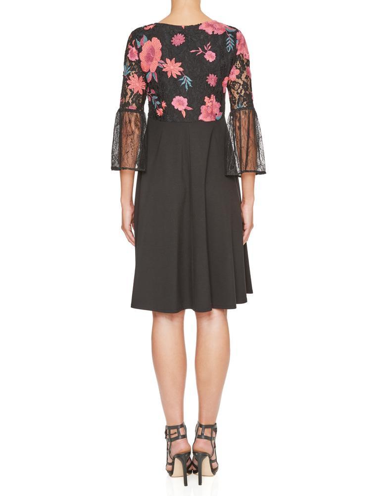 Schwarzrosa Empire Kleid Keyflores Mit Blumenstickerei