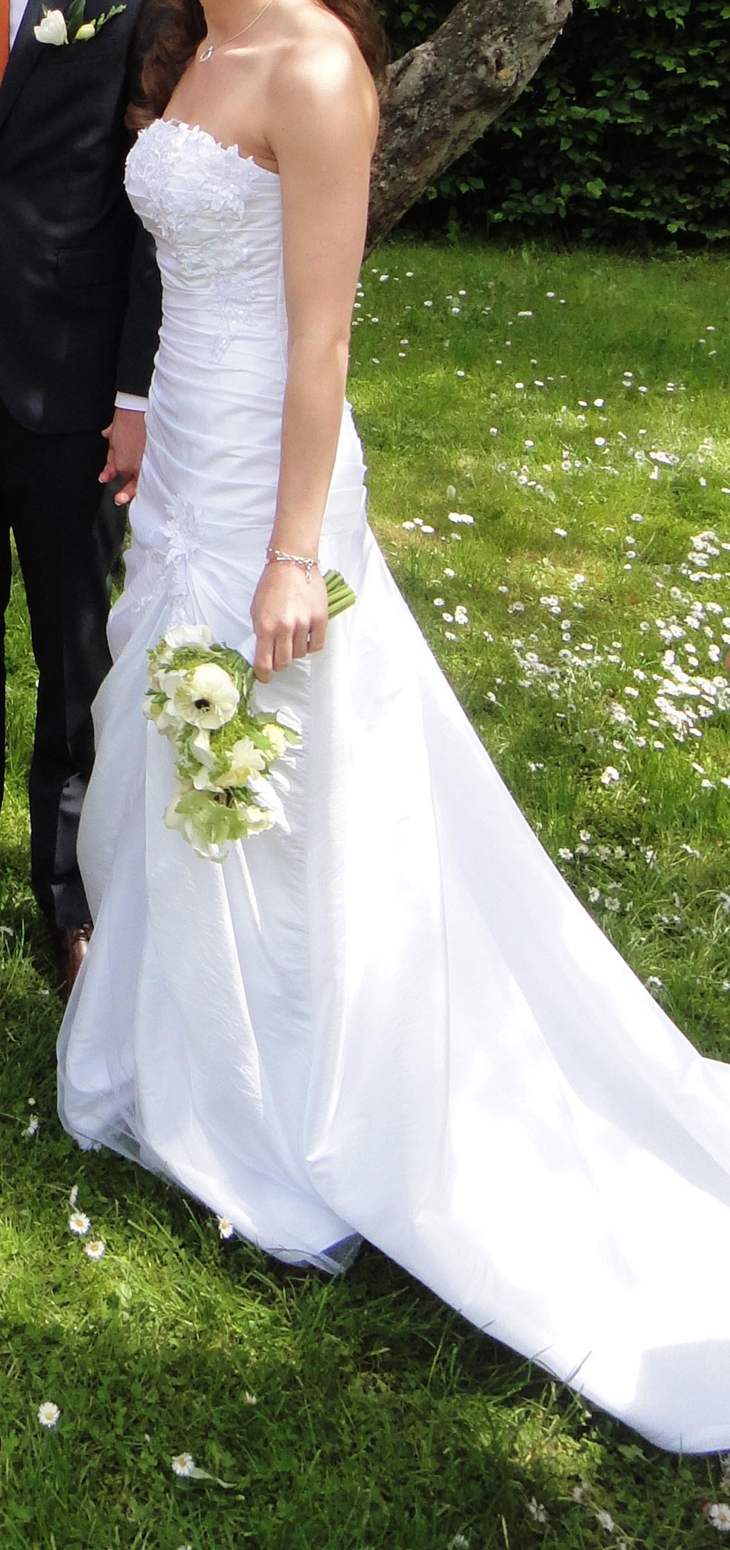 Second Hand Brautkleid  Gr 34  Alinie  Marke Lilly