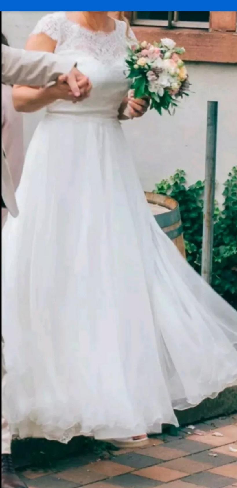 Second Hand Brautkleid  Gr 40  Boho  Marke Anna Kara