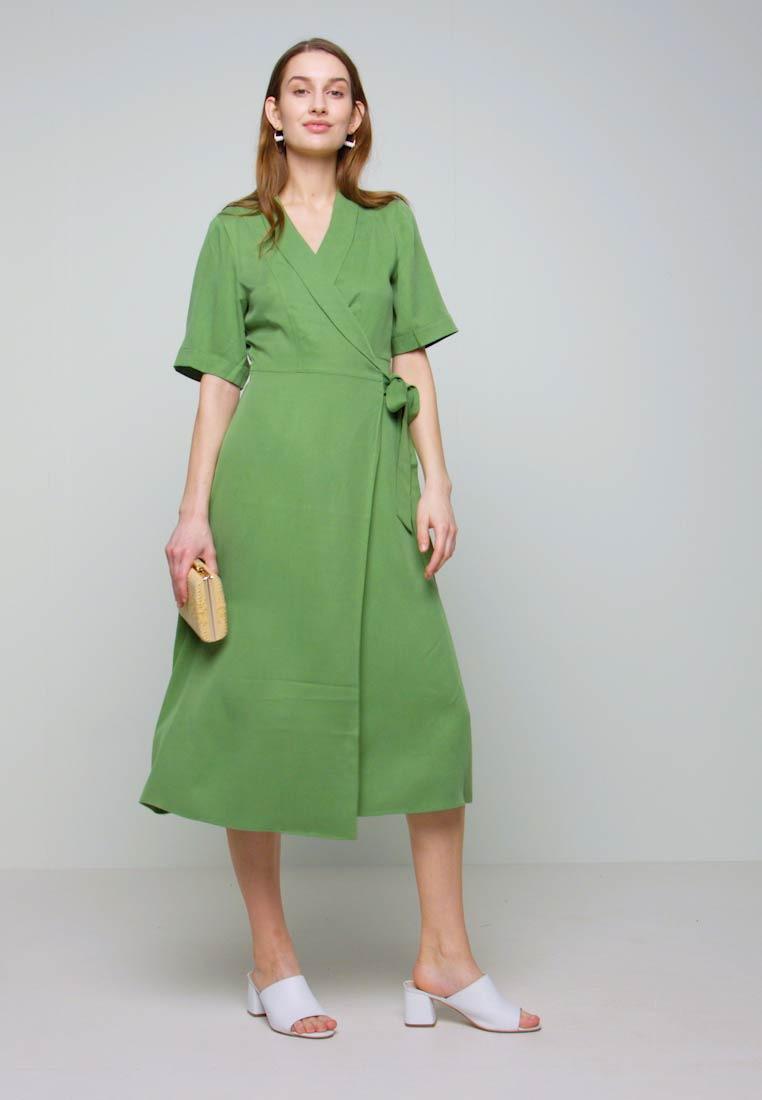 Selected Femme Slftasia 2/4 Midi Dress  Blusenkleid