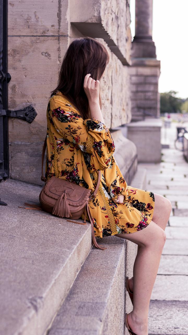 Senfgelbes Sommerkleid  Yes Please  Justmyself