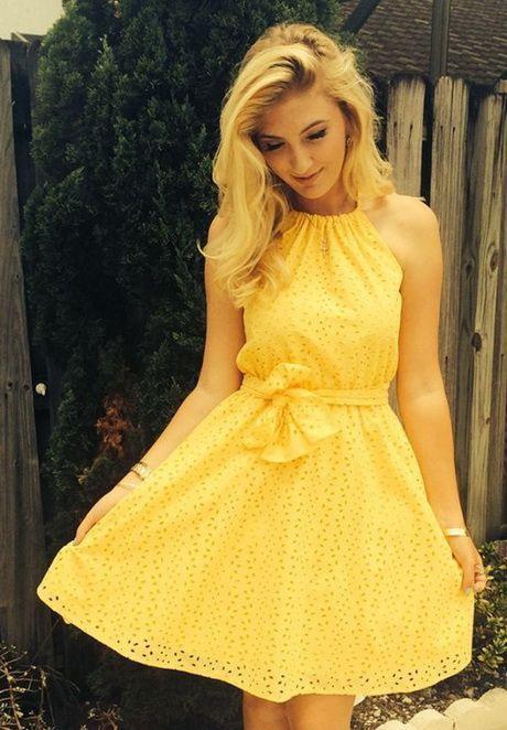 Sommer Outfit Inspiration Gelbes Sommerkleid  Sommer