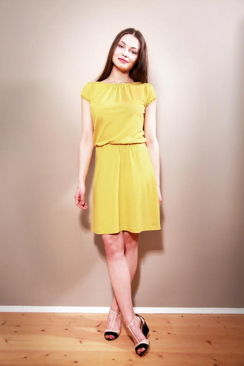Sommerkleid Claire Mit Rückenausschnitt Gelbweiß  Etsy